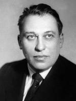 Павел Нилин